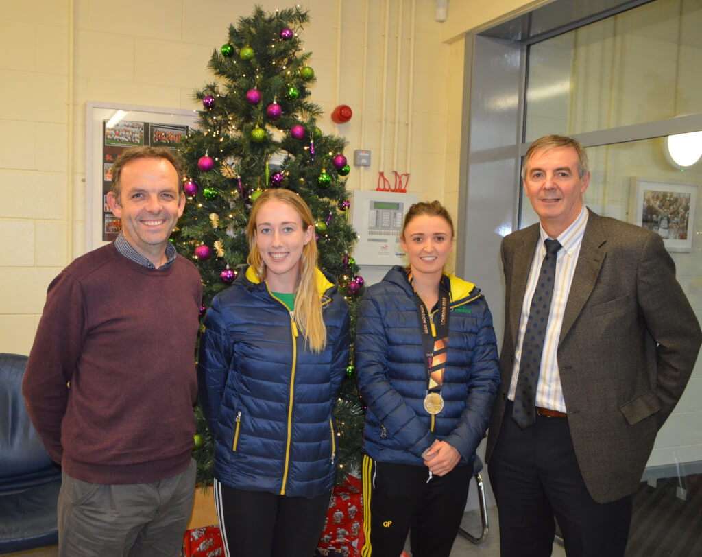 Visit from members of the Ladies Irish Hockey Squad