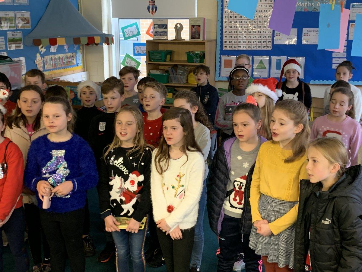 Junior Choir at the Fair